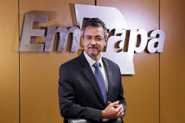 mauricio lopes presidente embrapa